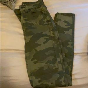 Women's AE Camo Slit Knee High Waist Stretch Jean